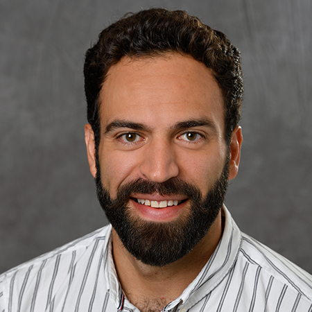 Professional headshot of executive MBA student Gabriel Escudero Borges.